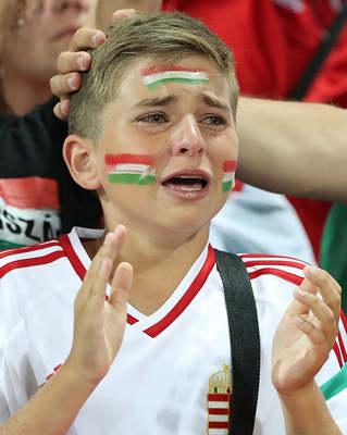 Emlékszel még az EB-n zokogó magyar kisfiúra? Így néz ki most Marcell - Fotó