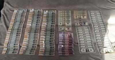 Több tízmillió forintot és kábítószert foglaltak le a rendőrök két dílernél