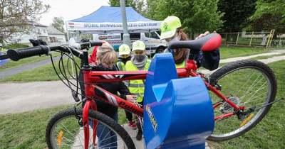Bringás szervizoszlop segít már Gyenesdiáson és Balatonfűzfőn is