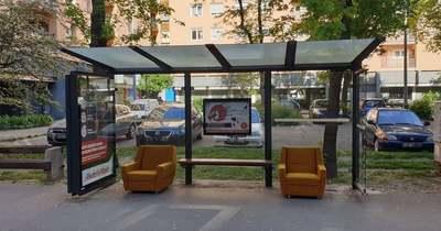 Kényelmes várakozás: ilyen buszmegállót még biztosan nem láttál – Fotó!