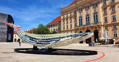 Öttonnás bálna vetődött partra Bécsben
