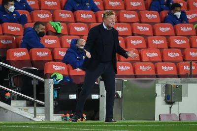 A Barcelona kirúgja Ronald Koemant