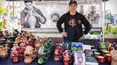 Mit keresel itt, te bűnöző?! – Kiutálták a kofák a piacról a Viszkist
