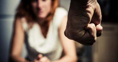 Rendszeresen bántalmazta volt élettársát egy nagybajomi férfi