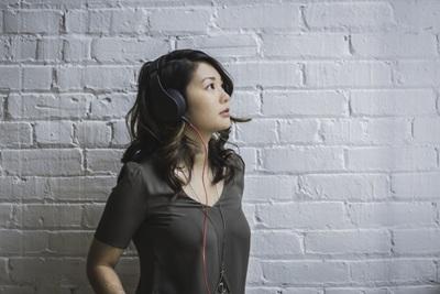 Vezetékes füles kell a veszteségmentes zenéhez