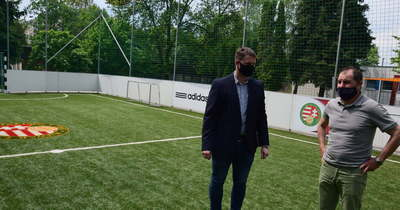 Tatabányai ovik kaptak új focipályát