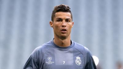 C. Ronaldo luxusautói elhagyták Olaszországot, távozhat a Juvétól?