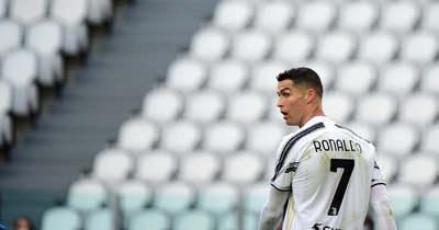 A távozás jele: Ronaldo elszállíttatta luxusautóit Olaszországból (videó)
