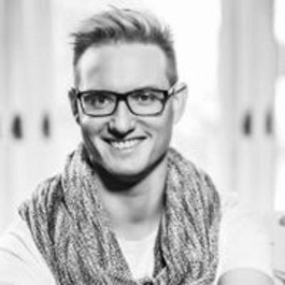 Lakner Zoltán (Jelen hetilap): Válasszunk leváltható miniszterelnököt!