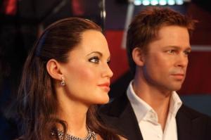 Fizetnie kell Brad Pittnek és Angelina Jolie-nak