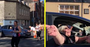 Behajtott a futók közé a kocsijával, mert sietett… – VIDEÓ
