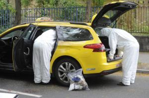 Megkéseltek és kiraboltak egy taxisofőrt Budapesten