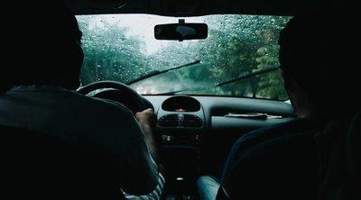 Szörnyeteg: Félreállt, majd borzalmas dolgot tett fiatal utasával egy taxis – 18+
