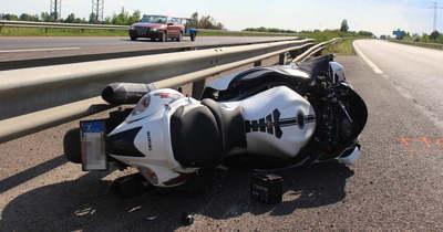 Megrázó részletek: járművétől 500 méterre találták meg az M3-ason elhunyt motorost