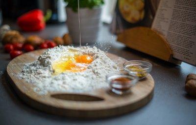 Békéscsabai hungarikumokból készült ételeket mutat be a Csabai receptfüzet
