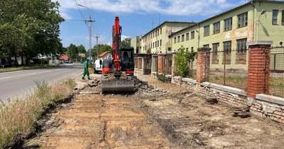 Új járdát építenek Kecskeméten