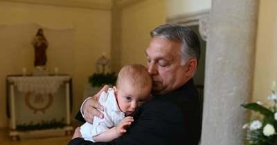 Óriási öröm! Megkeresztelték Orbán Viktor ötödik unokáját