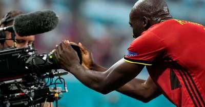 Lukaku a gólja után egy kamerán keresztül egyből Eriksennek üzent