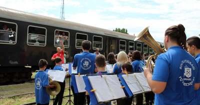 Sokan várták az állomáson a solti nosztalgiavonatot