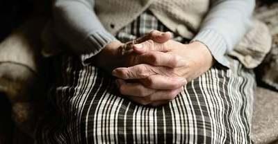 Kifosztották a nyugdíjasokat: bűnbanda-hálózatra bukkanhattak a rendőrök