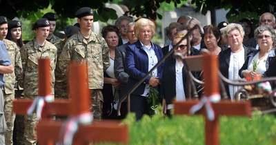Felújították a hős katonák emlékhelyét Halason
