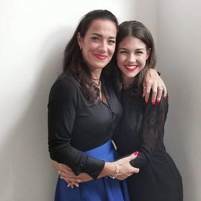 Fésűs Nelly lánya feszes ruhában mutatta meg elképesztő alakját: édesanyjával együtt pózol - Fotó