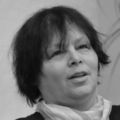 Vásárhelyi Mária (Facebook): A magyarok jó részének fogalma sincs arról, mi történik a világban