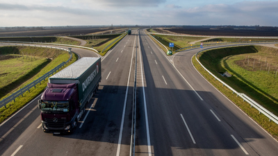 Magánkézbe kerülhet a teljes gyorsforgalmi úthálózát
