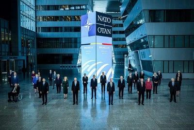 Orbán Viktor a NATO-csúcson - képek