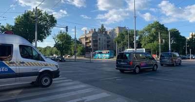 Helyszíni fotók: hatalmas rendőri kísérettel vonultak végig Budapesten a portugálok
