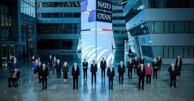 Hidegháború helyett párbeszéd: véget ért a NATO-csúcs