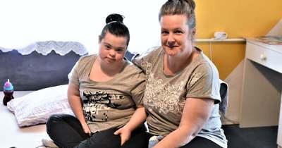 Összefogtak Tiszatenyőn a Down-szindrómás Lauráért