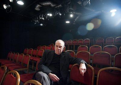 Elege lett a magyar színésznek - teljesen felhagy a színházzal