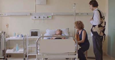 Megrendítő videó! Ezeken megy keresztük, aki stroke-ot kap