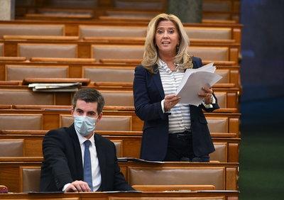Selmeczi Gabriella: A gyermekek védelméből nem engedünk!