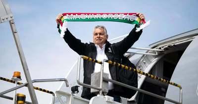 Orbán Viktor megmutatta, melyik zenével hangolódik a válogatott mérkőzésre
