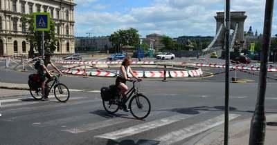 Életveszélyes biciklisávval fokozódik a káosz Budapesten!