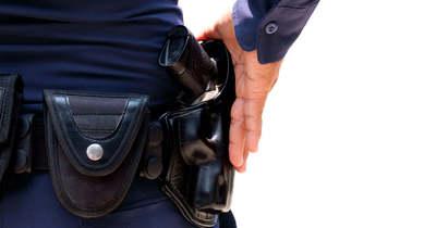 Fegyverrel fenyegetőzött a gyöngyösi polgármesteri hivatalban egy férfi
