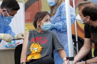 Fontos információ érkezett a 12 év felettiek Covid-oltásáról - ezt mondták az orvosok