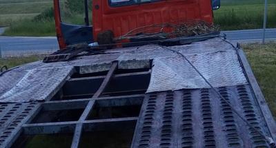 Megállítottak egy teherautót a borsodi rendőrök, elképedtek, amikor benéztek a vezetőfülkébe