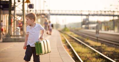 Díjmentesen vonatozhatnak a KajlaBalaton24 napijeggyel a gyerekek a Balatonra