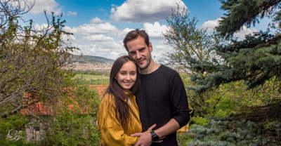 Lemondtak róla, most babát vár a magyar sztárszínész felesége