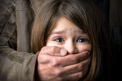 Óvodás gyerekeket erőszakolt meg egy 29 éves francia pedofil