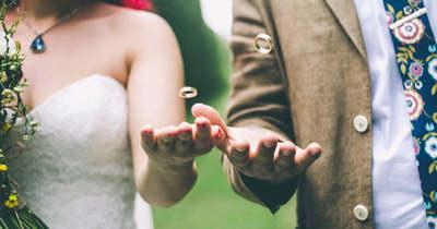 Sokk a halasi esküvőn: ellopták az ifjú párnak szánt milliókat