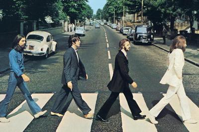 A Beatlesről készített dokumentumfilmet A gyűrűk ura rendezője