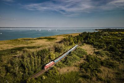 Többé nem lehet dízelvonattal utazni a Balaton északi partjára