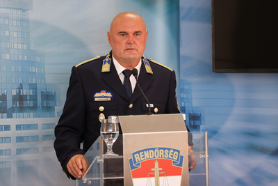 Az olasz maffia tanult a magyar rendőrség sajtótájékoztatójából, és módszert váltott