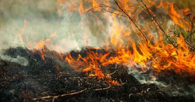 Éjféltől három tűzgyújtási tilalom lesz érvényben megyénkben