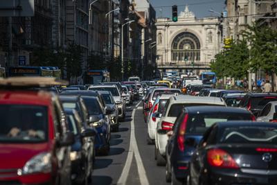 Iszonyatos dugók kínozták az autósokat pénteken is Budapesten - galéria