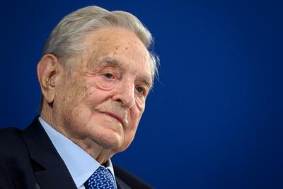 Dömötör Sorosnak: egy adókerülő keresztapa ne adjon leckéket demokráciából
